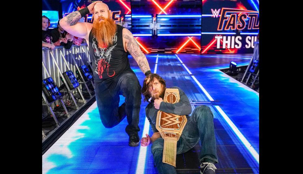 Kevin Owens y Erick Rowan se enfrentaron en la lucha principal de WWE SmackDown Live. (Facebook SmackDown Live)