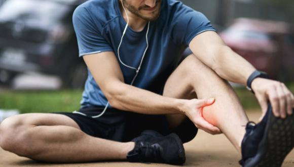 Una tensión, un tirón o un desgarro muscular se refiere al daño que puede recibir un músculo o incluso un tendón. (Foto: Internet)