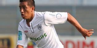 2008 / San Martín de Perú. Aquí empezó su carrera como futbolista profesional. Salió campeón nacional y jugó la Copa Libertadores 2009