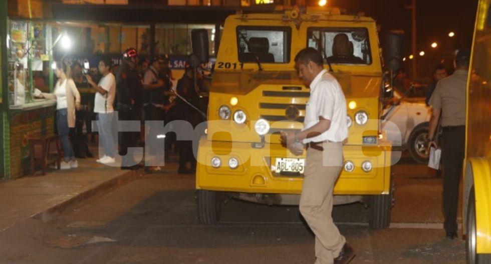 Unos delincuentes robaron a agentes de Prosegur que abastecían de dinero a cajero automáticos, en Villa El Salvador. (Fotos: Joseph Ángeles)