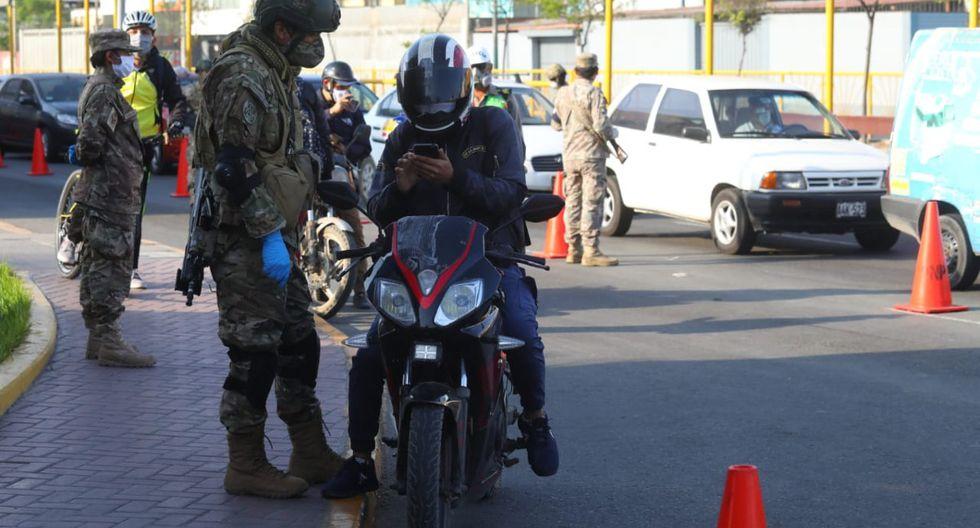 Operativo policial y militar durante la cuarentena por la pandemia del coronavirus. (Foto: Gonzalo Córdova/GEC)
