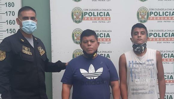 Estos son dos de los falsos policías que secuestraron al empresario.