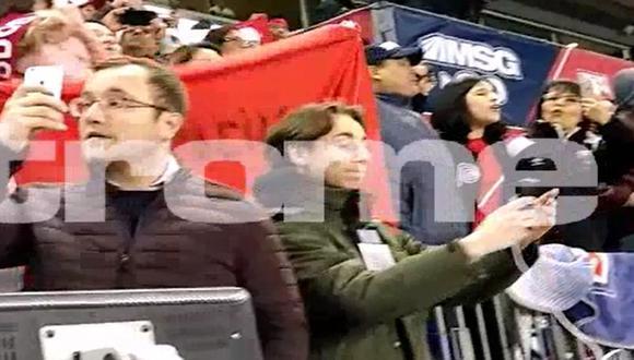 Himno Nacional entonado en el Red Bull Arena