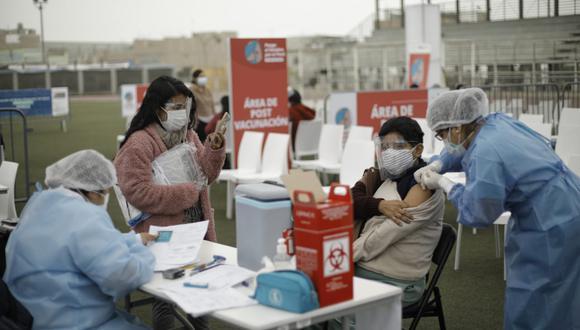 Vacunatón busca avanzar de forma más rápida con el proceso de inmunización, informó ministro Ugarte. (Foto: Joel Alonzo/@photo.gec)