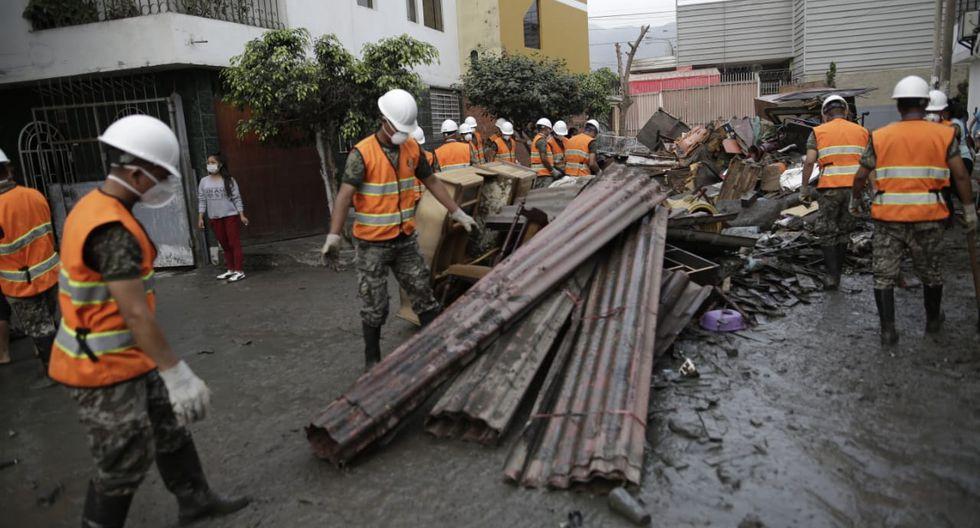Miles de personas quedaron afectadas por el gran aniego de aguas servidas en San Juan de Lurigancho.