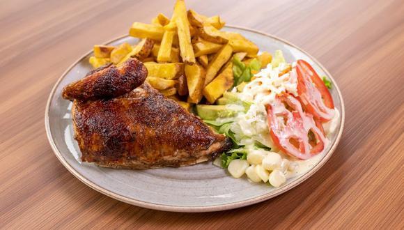 El pollo a la brasa no solo se disfruta con papas fritas y ensalada fresca. (Foto: @limakombo / Instagram)