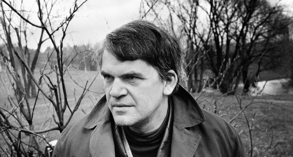 """Autor de """"La insoportable levedad del ser"""" abandonó su país natal para mudarse a Francia en 1975.  (Fotos: AFP)"""