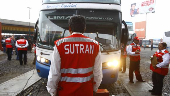 Foto referencial. La Sutran recuerda que prestar el servicio de transporte de personas o mercancías sin contar con CITV se sanciona con la suspensión de la autorización para prestar el servicio de transporte terrestre por 90 días. (Difusión)