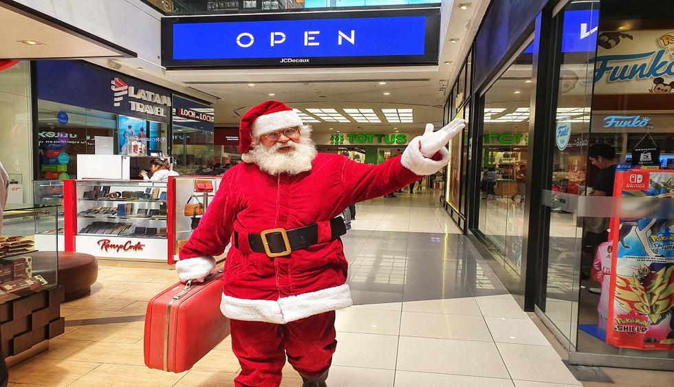 Papá Noel se prepara la la nochebuena