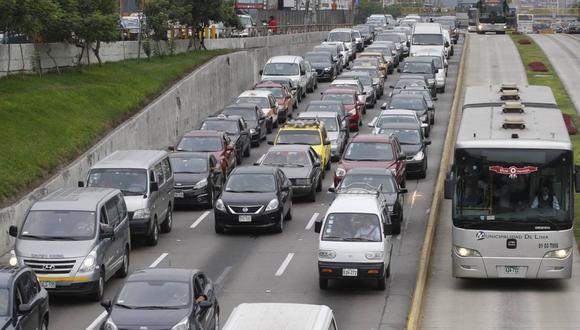 Las 66 cuadras de la transitada Vía Expresa han sido rebautizadas con el nombre del exalcalde Luis Bedoya Reyes (Foto: Andina)