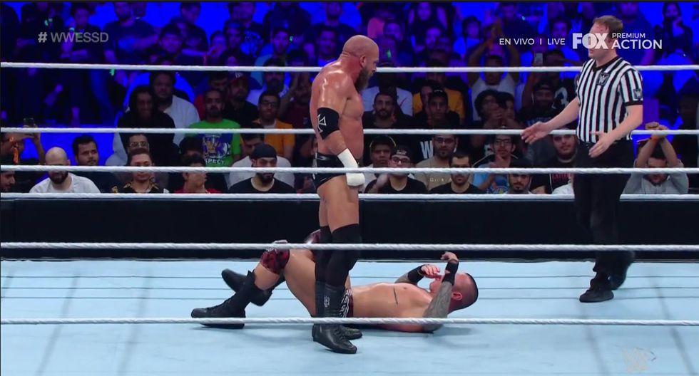 Randy Orton volvió a derrotar a Triple H (Fox Action)
