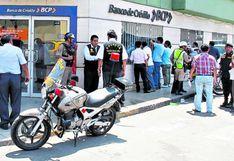 Delincuentes ofrecen 50 soles para sacar tarjetas bancarias, pero tenga cuidado: Puede terminar preso