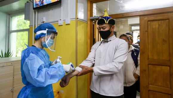 HBO prepara el rodaje de una miniserie sobre la búsqueda de una vacuna contra el coronavirus. (Foto Referencial: AFP)