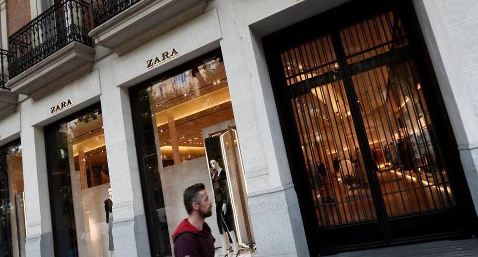 Mujer estafó a Zara, devolviendo ropa usada. (Foto Referencial/EFE)