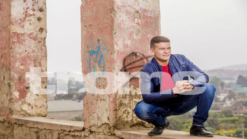 Orlando Fundichely: 'Soy charlatán, cuento chistes y me muevo bien' [FOTOS]