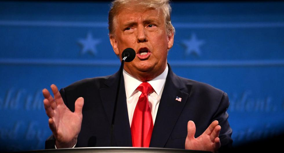 """Donald Trump durante el debate: """"Soy la persona menos racista de esta sala"""". (JIM WATSON / AFP)."""