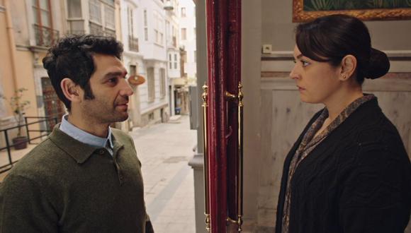 "El profesor Naci, el gran amor de Safiye en la telenovela turca ""Inocentes"" (Foto: Antena 3/ YouTube)"