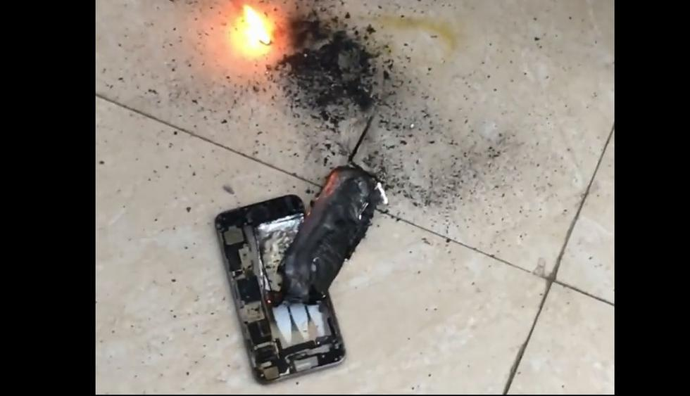 YouTube: iPhone explotó en peluquería