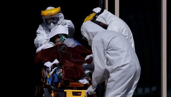 La pandemia del coronavirus ya dejó cerca de 2.5 millones de fallecidos y más de 110 millones de contagios a nivel mundial, según datos de la universidad Johns Hopkins. (Foto: EFE)