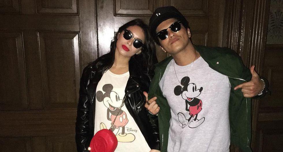 Bruno Mars y Jessica Caban
