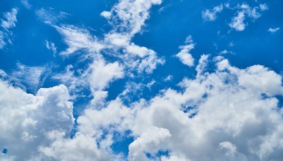 Una nube es una masa compuesta de cristales de hielo o gotas de agua suspendidas en la atmósfera. (Foto referencial - Pexels)