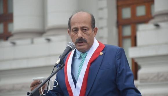 El congresista protagonizó un incidente con José Ventura (Fuerza Popular), luego que este último defendiera a la presidenta de la Comisión Agraria, Leslie Olivos. (Foto: Expreso)