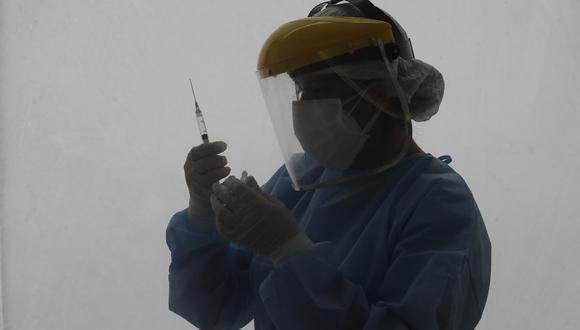 Francisco Sagasti sostuvo hoy que los vacunadores que incumplan los protocolos para inmunizar contra la covid-19 serán duramente castigados, por tratarse de algo que no se debe permitir. (Foto: Jorge Cerdán/@photo.gec)