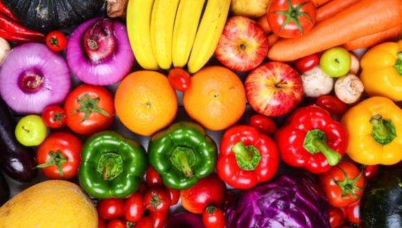Conoce cuáles son las frutas y verduras que deben refrigerarse (Foto: Freepik)