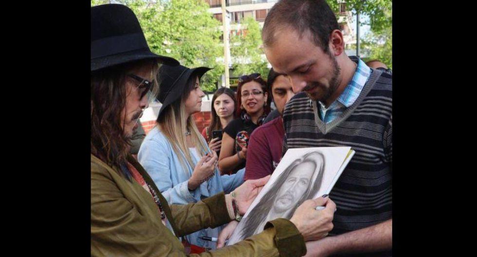 Steven Tyler más cerca que nunca de sus fans en última gira