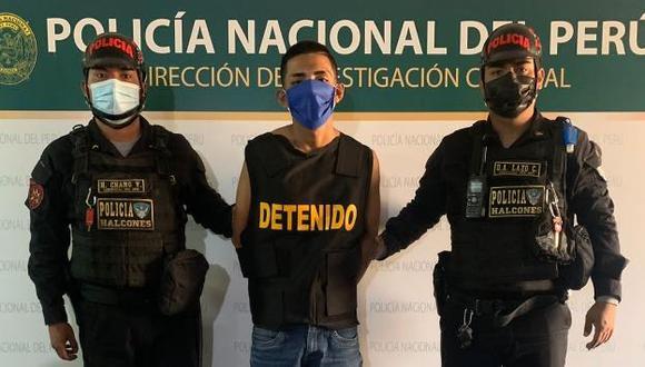 Luis Antonio Díaz Flores (20), 'Flacucho', quien junto con otros sujetos asaltaba a un joven trabajador venezolano, fue atrapado por los policías del Escuadrón de Emergencia de Los Halcones.