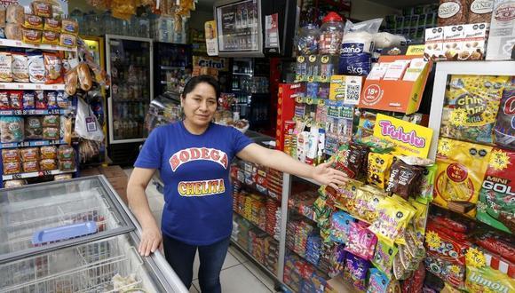 Cada espacio de su local es estratégicamente utilizado para mostrar sus productos. Fotos: Allengino Quintana / Trome.