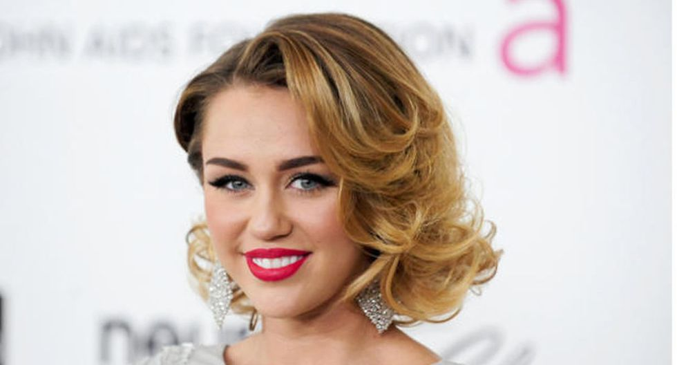 """Miley Cyrus reveló la extraña premonición sobre los incendio forestales que contiene """"Nothing Breaks Like a Heart"""", su última canción. (Foto: EFE)"""