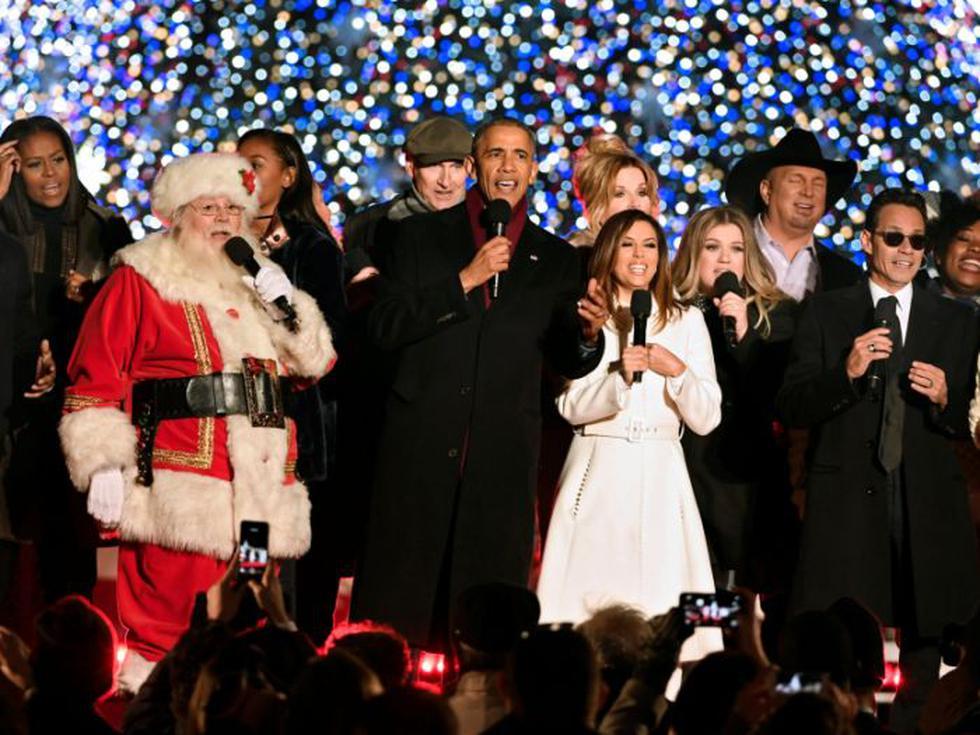 Barack Obama en el tradicional encendido del árbol de Navidad. Fuente: Reuters