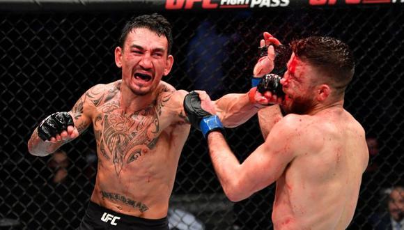 Max Holloway demostró un alto nivel de boxeo ante Kattar. (UFC News)