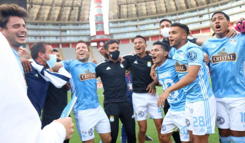 De la mano de Mosquera, Sporting Cristal fue el mejor equipo de la temporada. El cuadro celeste se pudo recuperar de un mal arranque de año y terminó alzando un nuevo título nacional. (Foto: Liga 1)