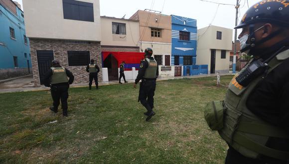 En dicha vivienda, con toldo rojo y azul, ocurrió el homicidio. | Foto: Gonzalo Córdova