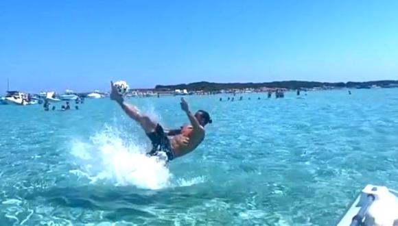 Zlatan Ibrahimovic sorprende con esta difícil pirueta en la playa