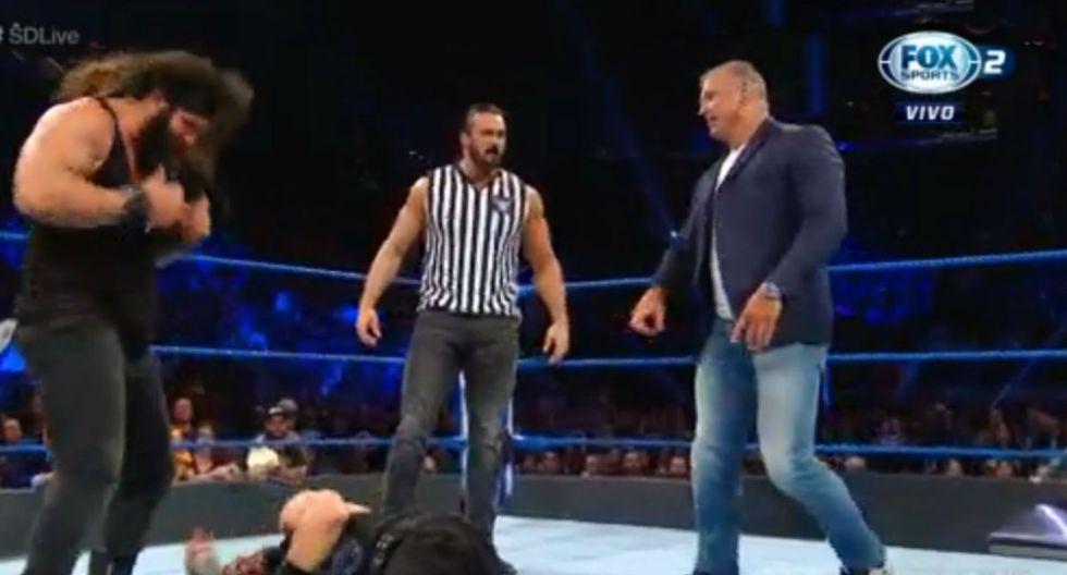 Roman Reigns y Kevin Owens acabaron con Shane y sus secuaces. (Captura TV)