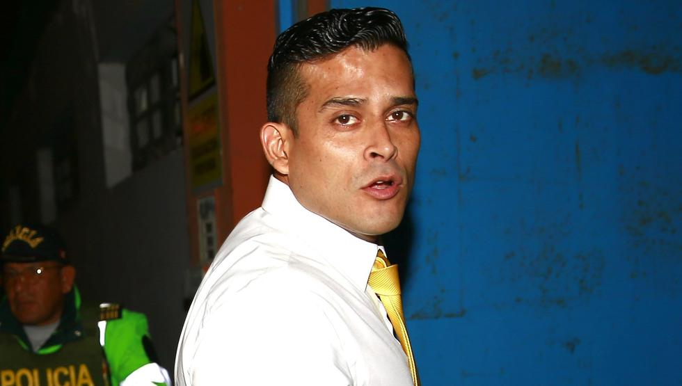 Christian Domínguez confirmó fin de su relación con Isabel Acevedo.