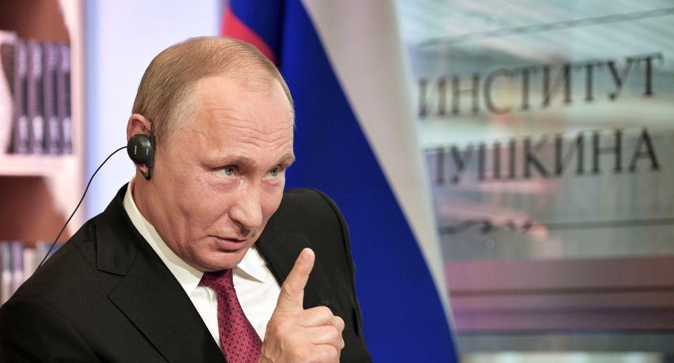 Vladimir Putin se refirió al ciclo menstrual de las mujeres con frase peyorativa.