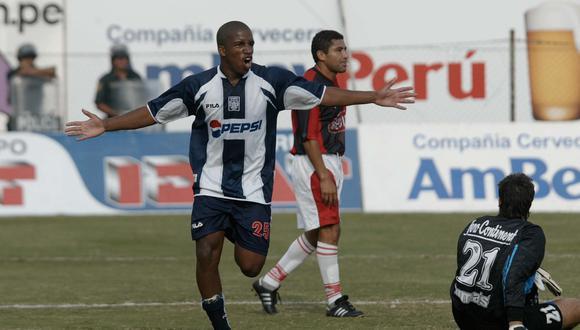 Jefferson Farfán defendió la camiseta de Alianza Lima entre los años 2001 a 2004, anotando 33 goles y logrando el campeonato los años 2001, 2003 y 2004. (Foto: GEC Archivo)