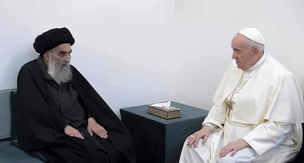 El papa Francisco se reúne con el principal clérigo chiíta de Irak, el gran Ayatolá Alí Sistani, en Nayaf, Irak, el 6 de marzo de 2021. (AP).