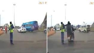 Video viral: Policía sufre robo cuando atendía teléfono celular