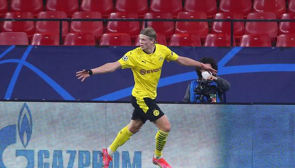 Erling Haaland anotó doblete en la victoria de Dortmund sobre Sevilla por Champions League