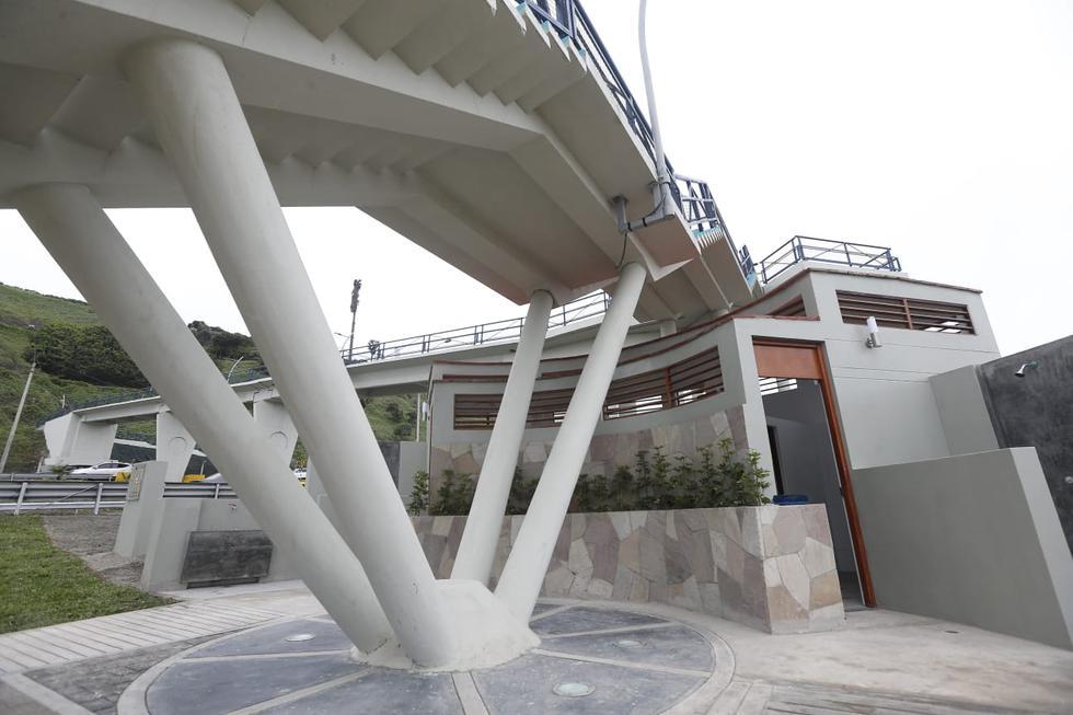 La Municipalidad de Lima entregó dos puentes peatonales en la Costa Verde, los cuales se encontraban inconclusos desde el 2015 y fueron habilitados por Emape para el uso de más de 149 mil personas que acuden al litoral capitalino. (Fotos: Jorge Cerdan/@photo.gec)