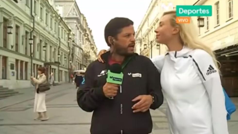 Pedro García fue besado por mujer en plena transmisión en vivo y así reaccionó