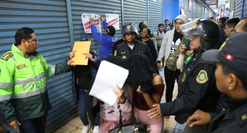 La Municipalidad de Lima clausuró 9 de los 11 módulos intervenidos e impuso a todos los puestos multas. (Difusión)