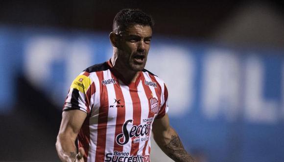 Luis Aguiar, exjugador de Alianza Lima, anotó su primer gol con San Martín de Tucumán en Argentina