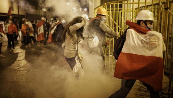 Simpatizantes de Fuerza Popular atacaron vehículos de ministros, provocaron desmanes en el Centro de Lima y se enfrentaron a la Policía. (Foto: Joel Alonzo/@photo.gec)