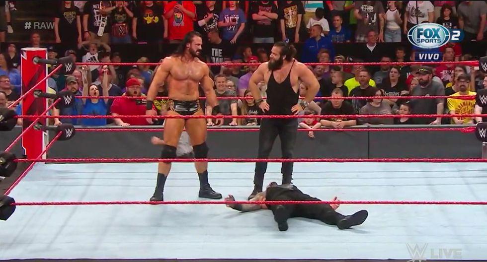 Elías le quitó la victoria a Roman Reigns. (Captura Fox Sports 2)